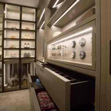 schmalenbach high-end custom closet featured at eggersmann los angeles showroom
