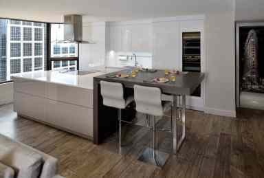 High Gloss White and High Gloss Grey and Core Ash Anthracite Breakfast Table
