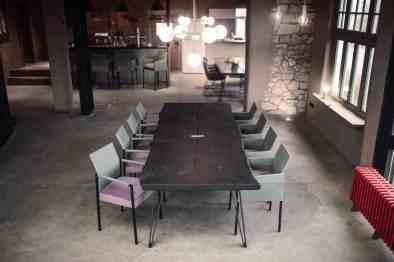 KFF Nightingale table with texas chairs