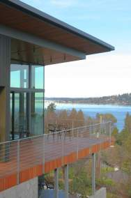 bbh-seattle-modern-house-covered-deck