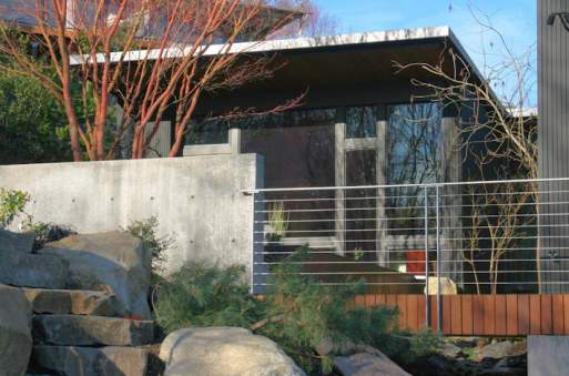 bbh-seattle-modern-house-south-elevation-bridge