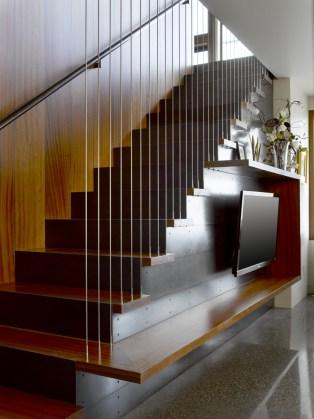 efa-boatbay-stair