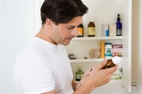 Tips to prevent prescription drug abuse at home