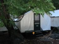 Yosemite National Park. Dehors: zéro degré. Fraîche nuitée dans une cabane en toile chauffée par un réchaud à gaz.