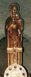 Statue de la Sainte Vierge Portant l'enfant .  (©S P C).