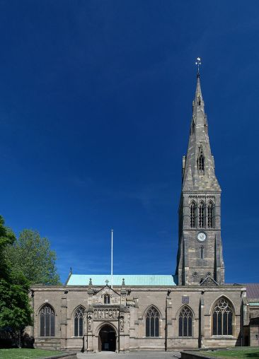 800px-leicester_cathedral_panorama