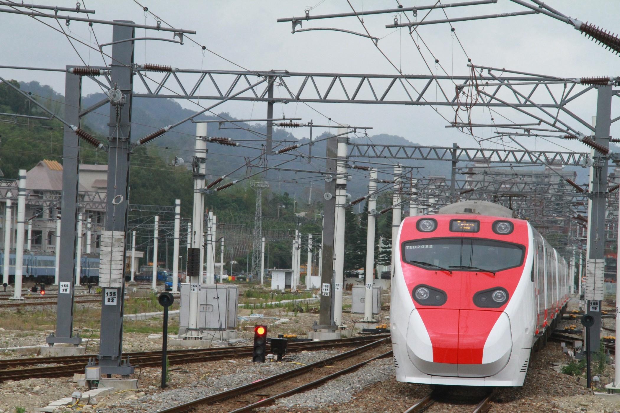 IMG_9205火車3