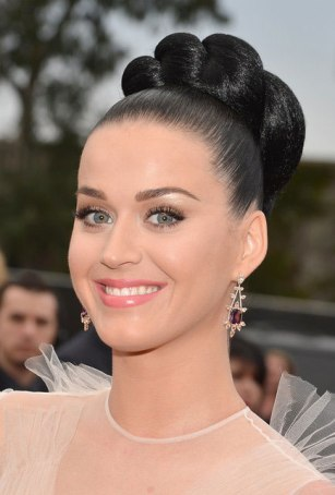katy-perry-intricate-top-bun-hairstyle-grammys-2014