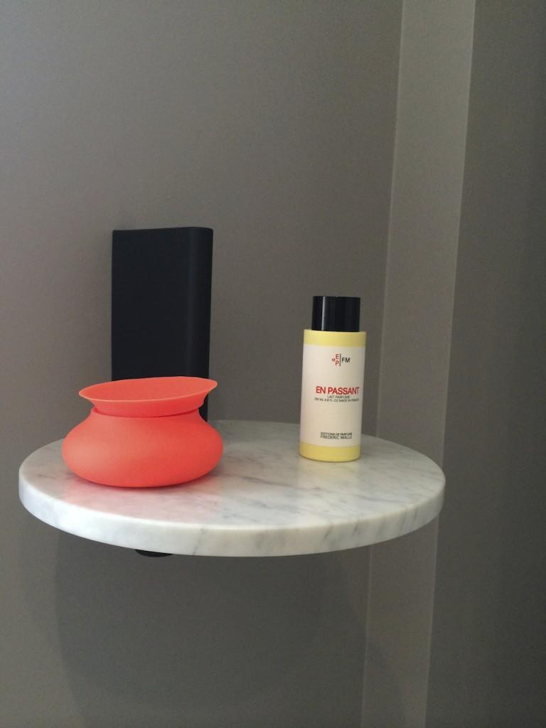card table and chair set desk offerup wallpaper* magazine apartment showcases modern interior design egon