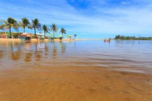 Além da Festa, Marataízes tem atrações naturais, como a Lagoa do Siri - Foto: Yuri Barichivich/Divulgação
