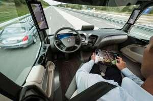 mercedes-benz-future-truck-2025-dash Title category
