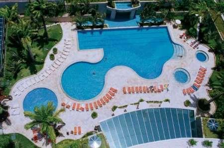 Neptune Pool do Sheraton Barra, que oferece day use - Foto: Divulgação