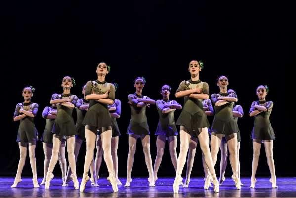 """""""Gaudéria"""", de Margô Dalla Rosa Brusa. Núcleo Artístico Ballet Margô, de Caxias do Sul (RS). - Foto: Claudio Etges - Divulgação"""