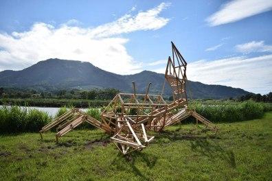 japon-paille-sculptures-dinosaures-9
