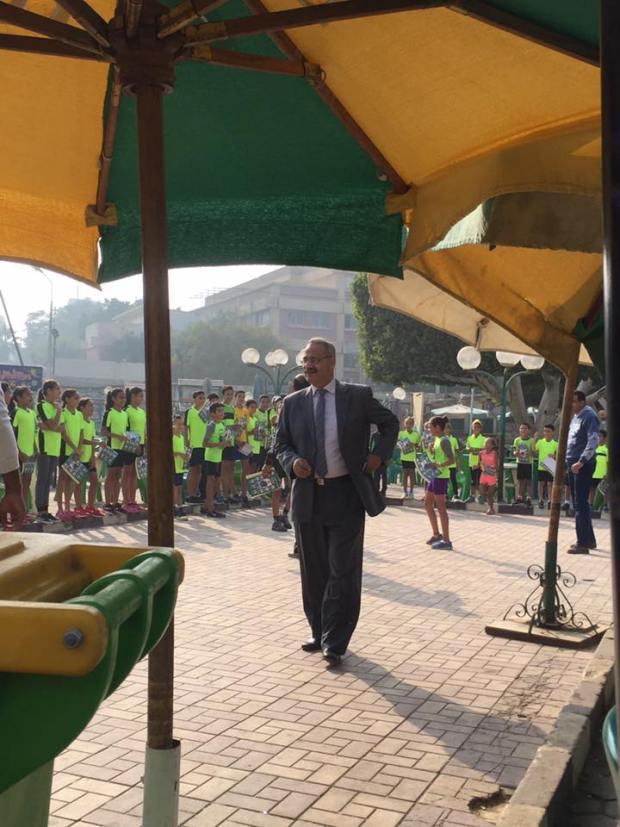 تسخير الفرق الرياضية للدعاية لعمرو عبد الحق