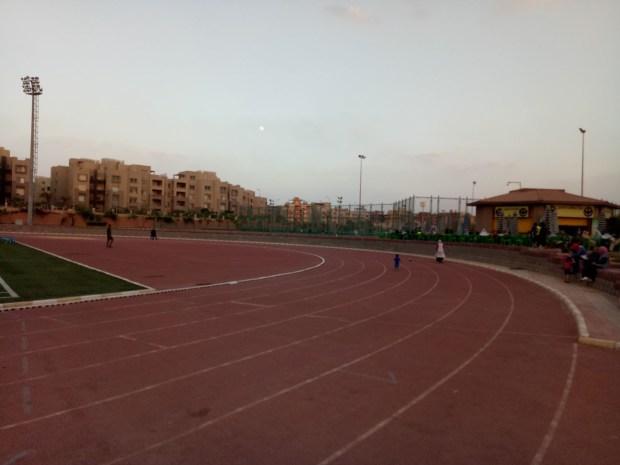 ملعب نادى الزهور لكرة القدم