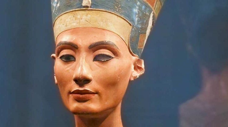 With nicole douek, luc gabolde, marc gabolde, christian loeben. The Reasons For The Disappearance Of Nefertiti S Tomb Her Separation From Akhenaten Or A Plot For The Throne Egyptfwd Org