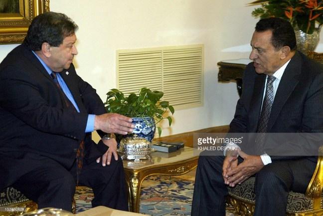Ben-Eliezer and Mubarak in 2005