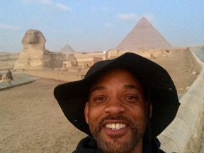 Will Smith with the Giza Pyramids and the Great Sphinx in Egypt (Facebook)