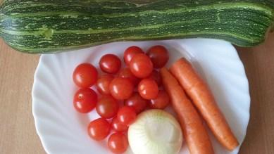 Цукини с овощами1
