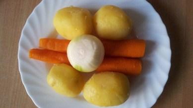 Salat-Mimoza-s-kuricej1