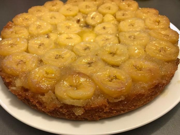 Банановый пирог с карамелью _7