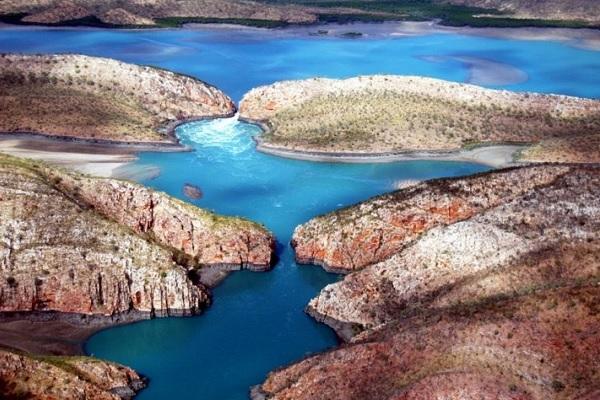 Горизонтальные водопады в Австралии1