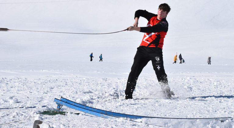 Schnee, Sonne und Schweizer Tradition