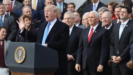 Bildergebnis für President Trump says new Tax-cut plan may come before November Midterm Vote