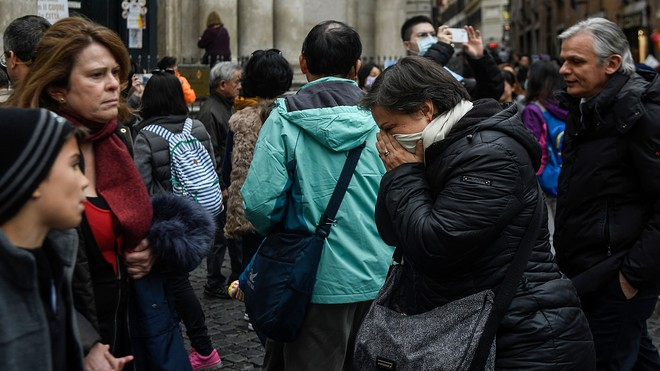 Trump believes coronavirus will vanish with April temps — experts ...