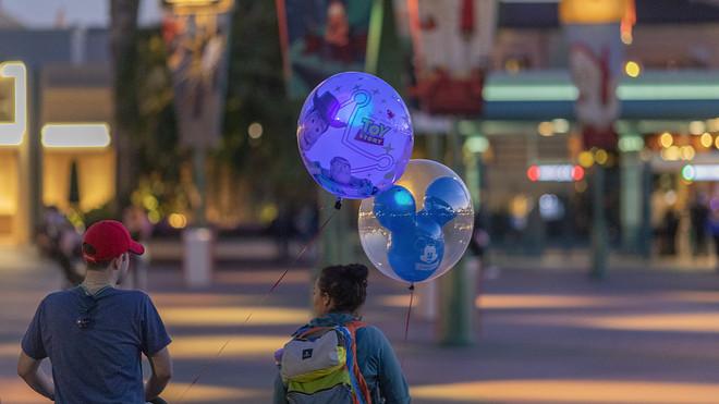 Disneyland, Disney World closed through end of month amid ...
