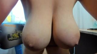 Myla_Angel hot boobs show!