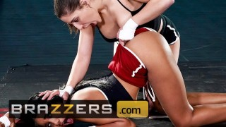 Brazzers - Flexible fighter Abella Danger gets her ass licked by Jenna Foxx