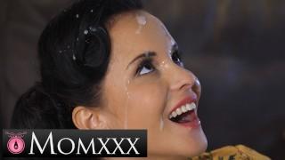 MOMxxx Guitar tutor gives housewife Jennifer Mendez hot fuck and big facial