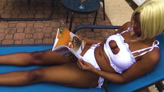 Getting Naked After Hanging Out In The Swimming Pool, Ebony Babe Msnovember