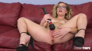 Adorable Sexy Blonde Fucks Sybian in Live Show After Doing Pussy With Dildo