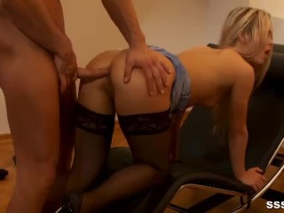 Hot Blonde Secretary Services Her Boss For Afternoon Delight