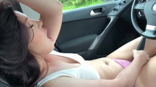 she made a blowjob in the parking lot, swallow sperm and cum in her panties.