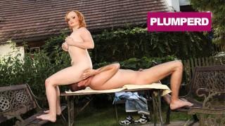 Chunky Amy Prefers Facesitting to Massage