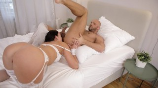 RIM4K. Babe wants to make that morning special so why gives rimming