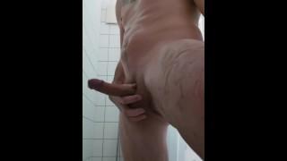 Mastrubate in the shower