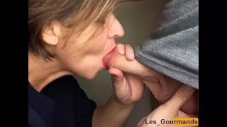 MILF with lipstick. suck a big cock and swallow the cum greedily