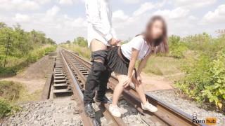 4k thai teen Fuck college student on train tracks. เย็ดนักศึกษาบนรางรถไฟ