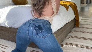 Tight bodied blonde dry humps.  Blue jeans covered with cum. Amateur couple lifeofd.
