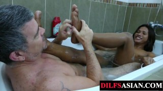 Feet licked Asian amateur barebacked by daddy