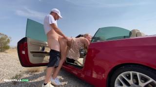 College Slut gets Roadside Pussy Creampie - Molly Pills - POV 4K