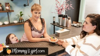 MommysGirl Hot MILF Ryan Keely Shows Her 18yo Employee How To Taste Sweets