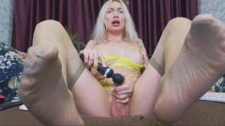 Busty Russian Shemale Eva Lynx Masturbates With Magic Wand