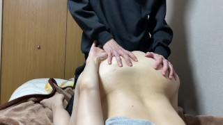 Cuckold Married Woman Is Put A Finger In Anal While Cum Shot In A Pussy