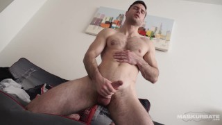 Amateur Hot Jock Jerking His Big Cock In A Hotel Room - Maskurbate